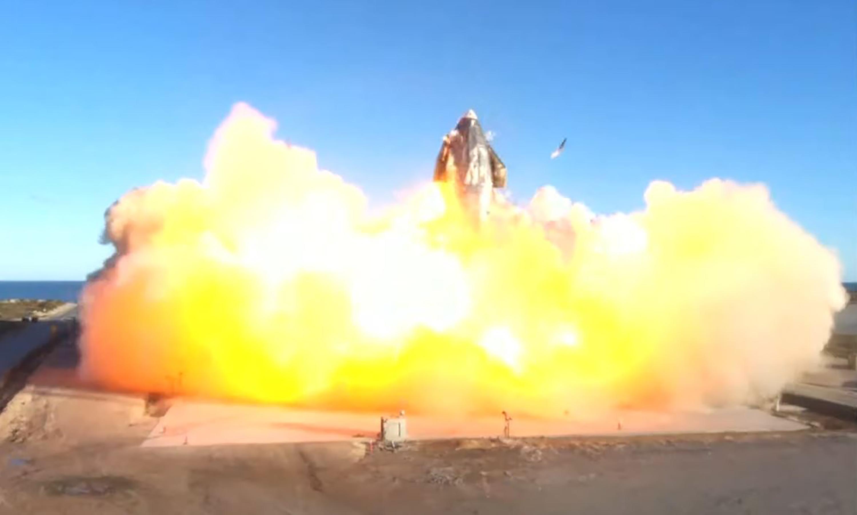 Le prototype de SpaceX a volé... et s'est écrasé