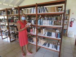 La bibliothèque de Moorea à bout de souffle