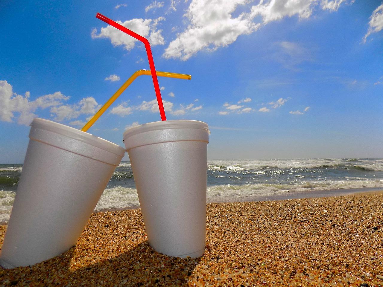 Emballages alimentaires: le recyclage avance lentement, le plastique s'accroche