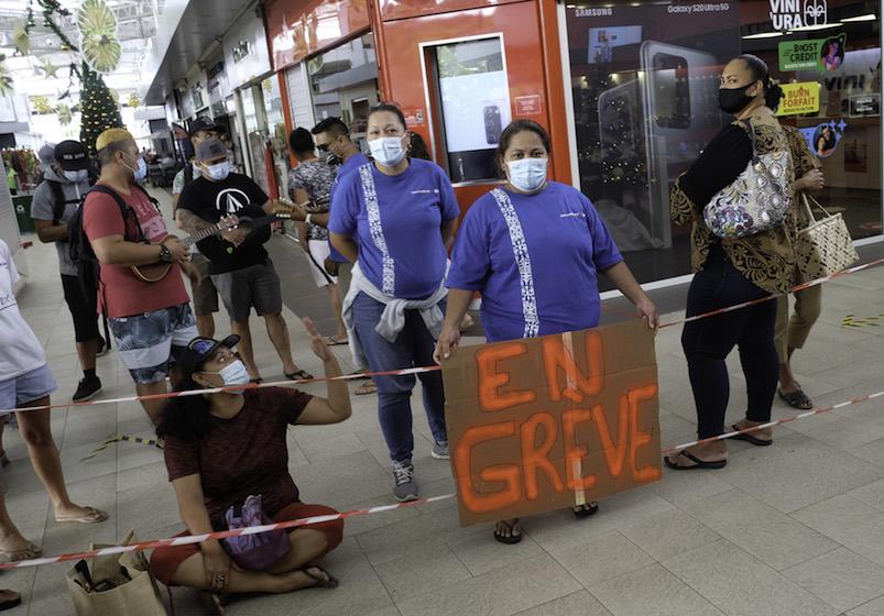 Les grévistes des Carrefour mobilisés