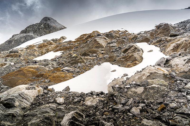 """Au Venezuela, le glacier tropical de Humboldt """"meurt"""" et """"laisse la vie"""" émerger"""