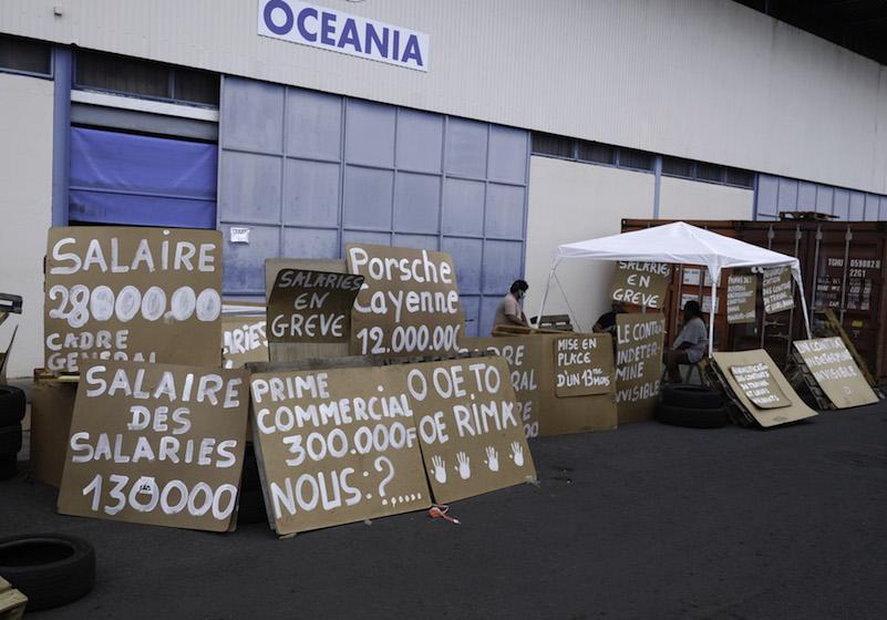 Les grévistes sommés de débloquer les accès à Oceania