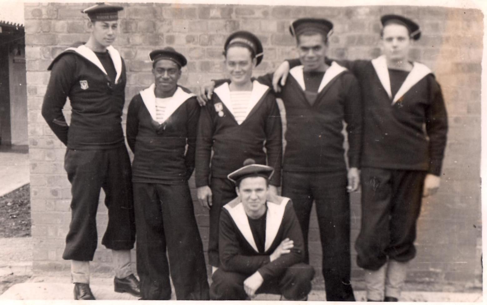 Turner Chapman est à gauche sur ce cliché pris en 1942.