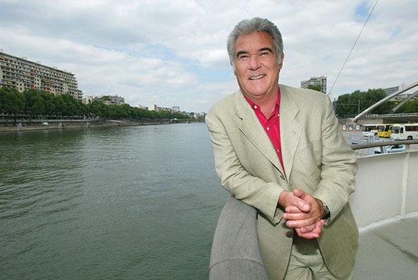 """Mort de Georges Pernoud, présentateur historique de """"Thalassa"""""""