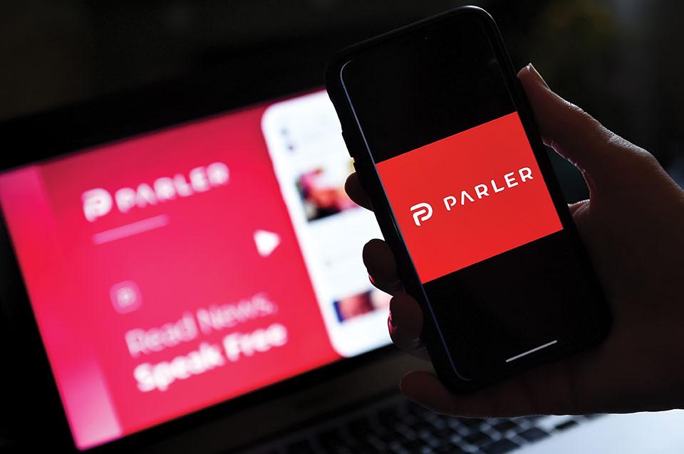 Le réseau social conservateur Parler ne répond plus après son expulsion par Amazon, Apple et Google