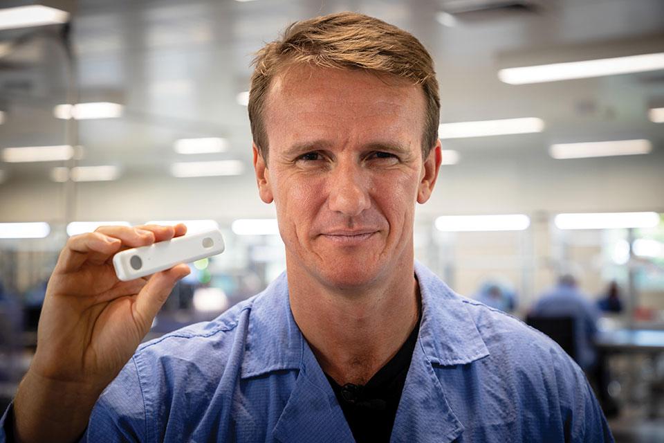 Comment un médecin australien a séduit Washington avec un test Covid-19 sans ordonnance