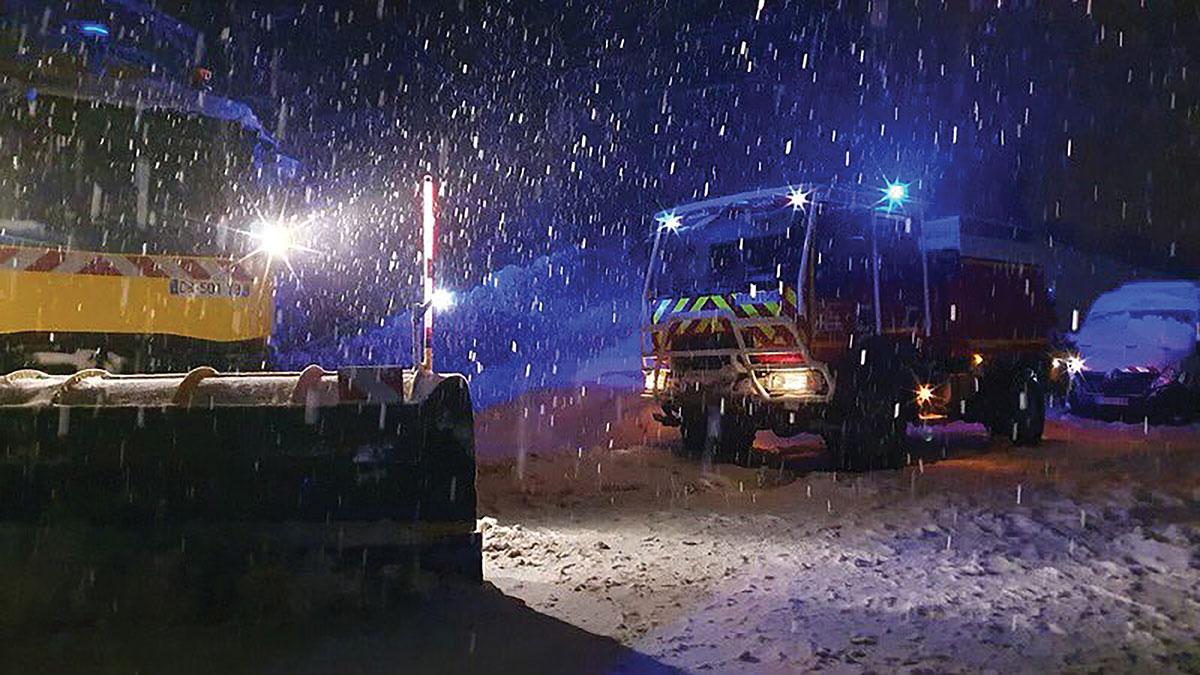 Neige: 2.000 automobilistes bloqués sur l'A40 cette nuit dans l'Ain