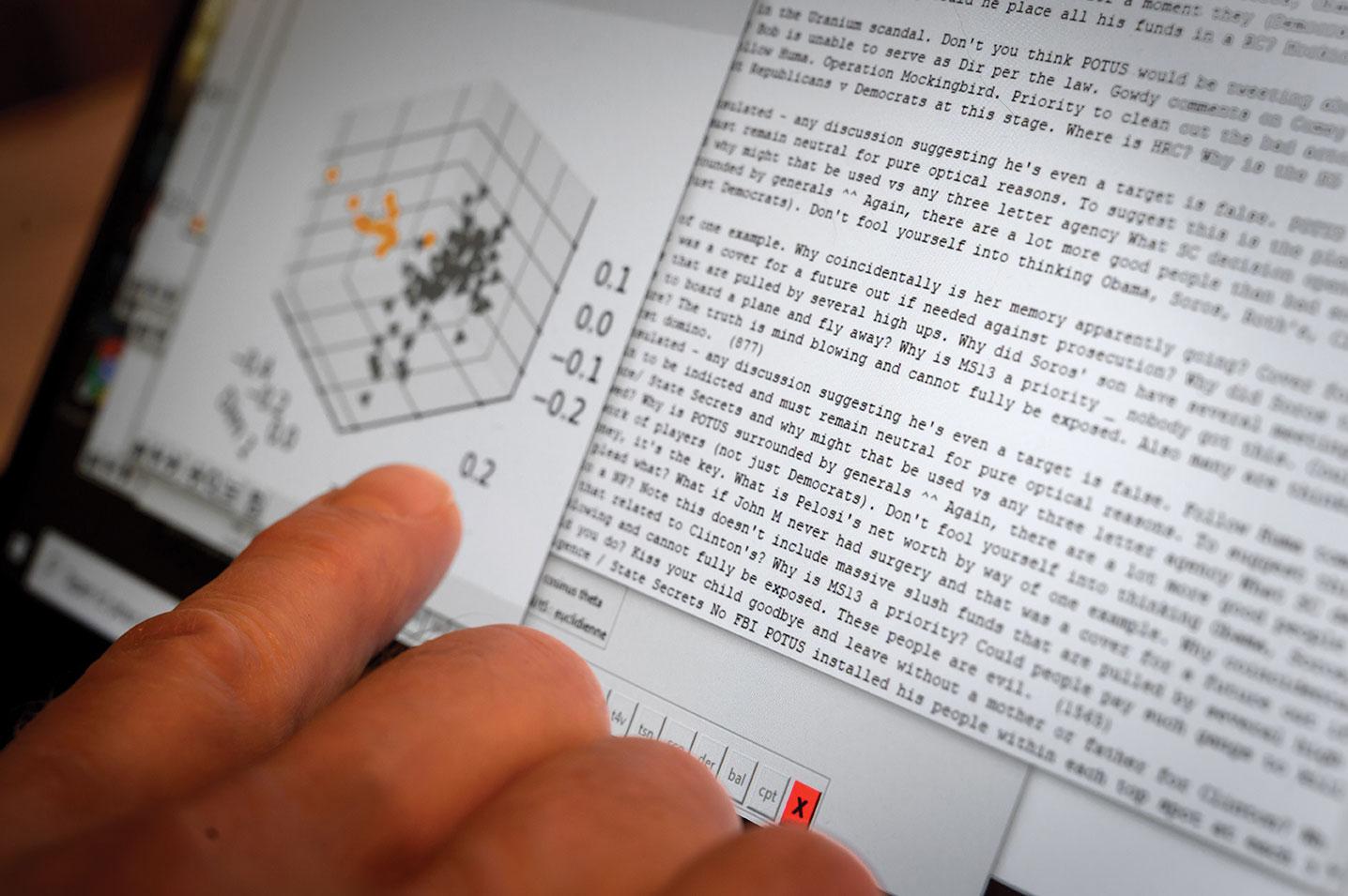 Une start-up suisse tente de lever un coin du voile sur le mystère QAnon