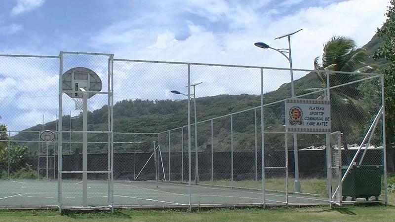 Taputapuatea referme ses plateaux sportifs et ses sites publics