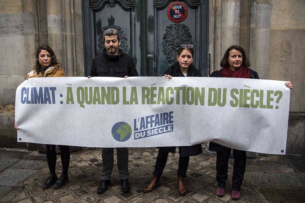 """Affaire du siècle: l'Etat """"responsable"""" de manquements dans la lutte contre le réchauffement"""