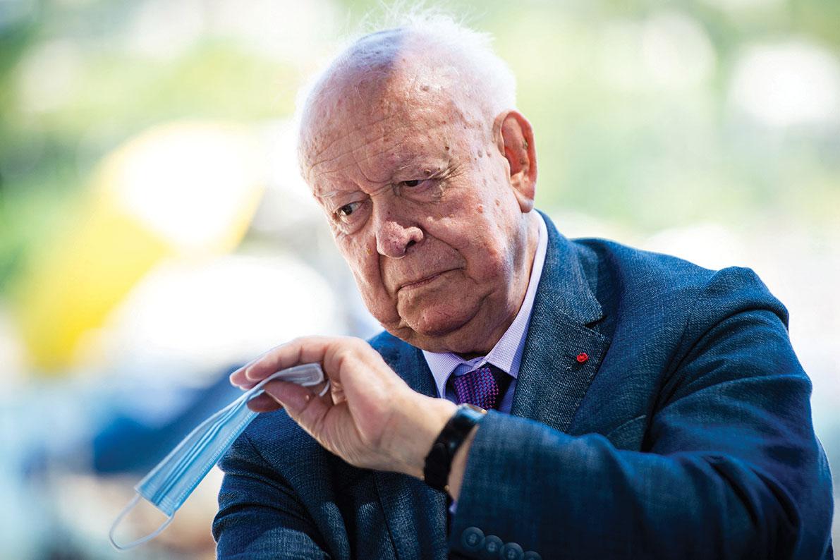Soupçons de détournement: Jean-Claude Gaudin en garde à vue à Marseille