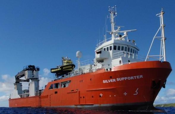 Un marin repêché après 14 heures en mer au large des Australes