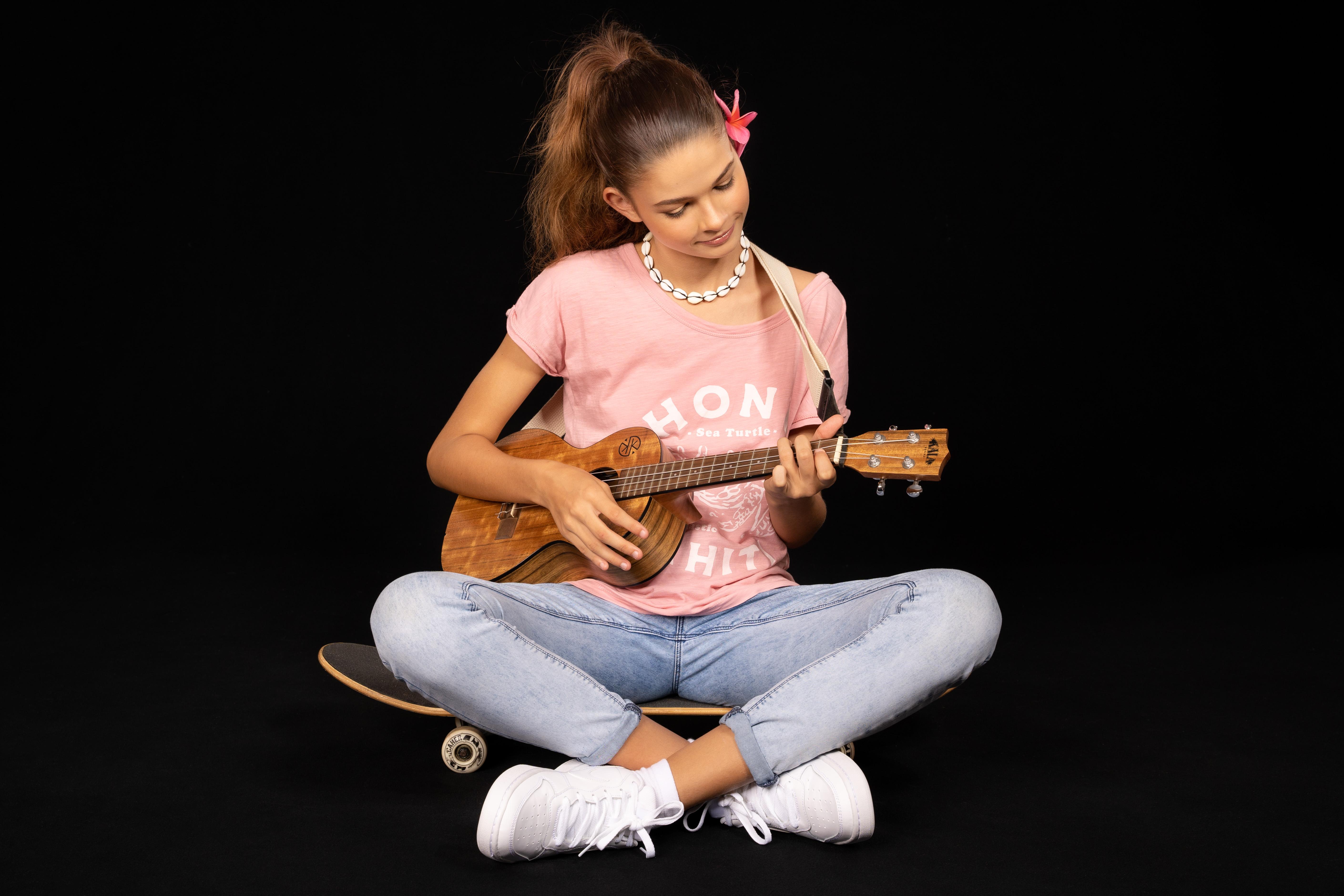 Noémie Tahiti chante son amour pour la Polynésie