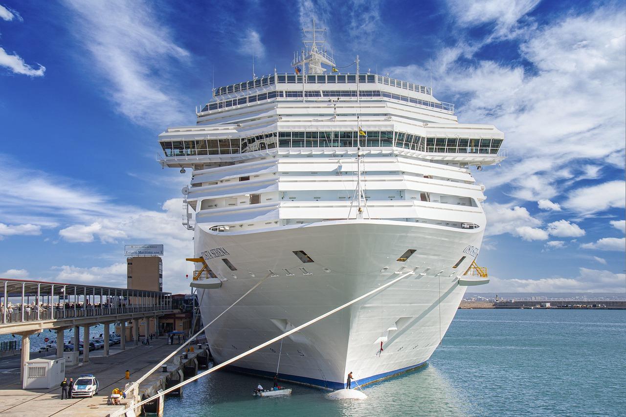 Covid: Costa Croisières visé par une information judiciaire après des plaintes de passagers