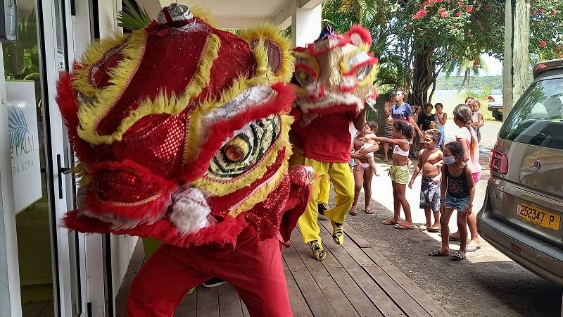 Bora Bora a reçu la visite du lion