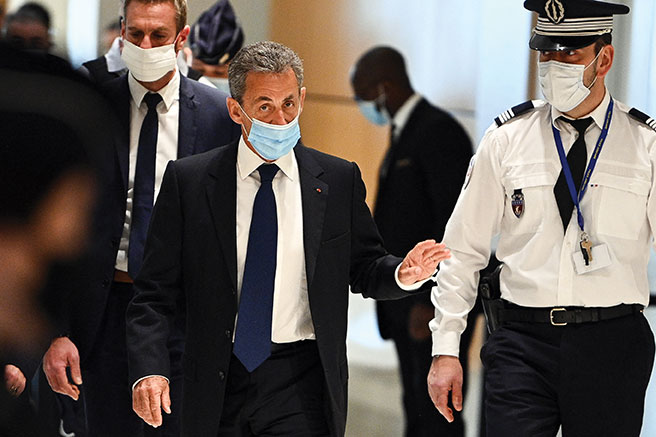 """Affaire des """"écoutes"""": Nicolas Sarkozy condamné à de la prison ferme pour corruption"""