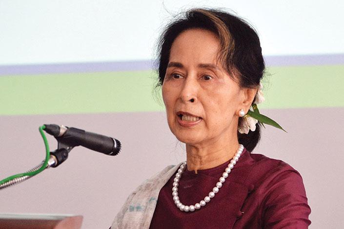 Birmanie: Suu Kyi de nouveau inculpée, tirs sur des manifestants au lendemain d'une répression meurtrière