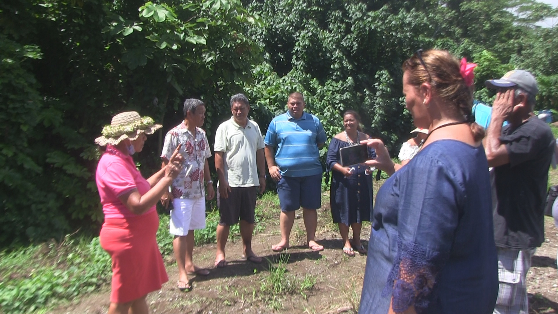 Une délégation de Taiarapu en visite studieuse à Taputapuatea