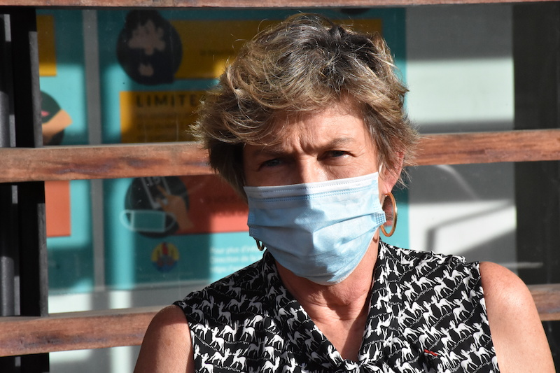 La directrice de la Santé vers le Fare tama hau