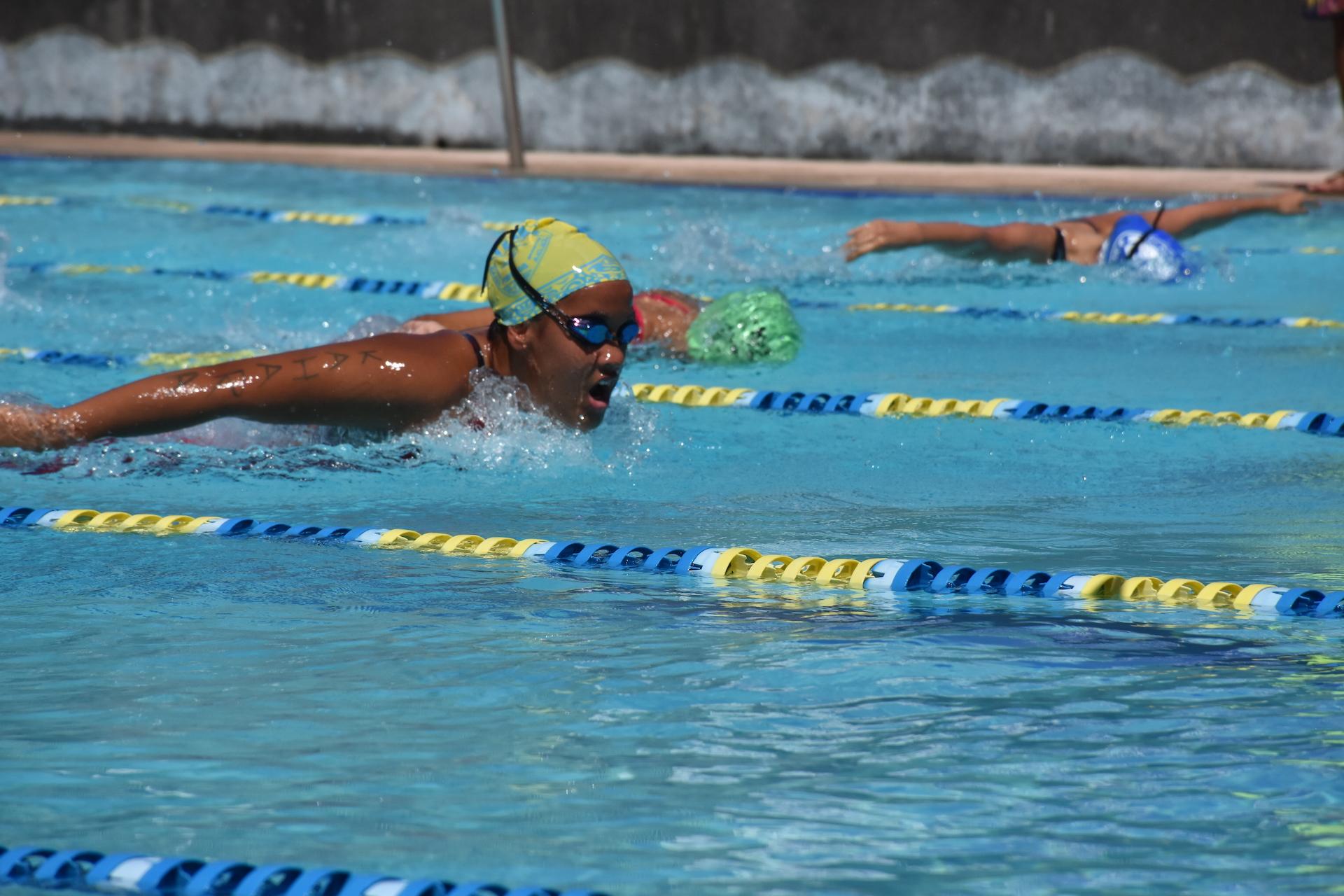 Heimaruiti Bonnard lors de son 200 mètres papillon, dimanche.