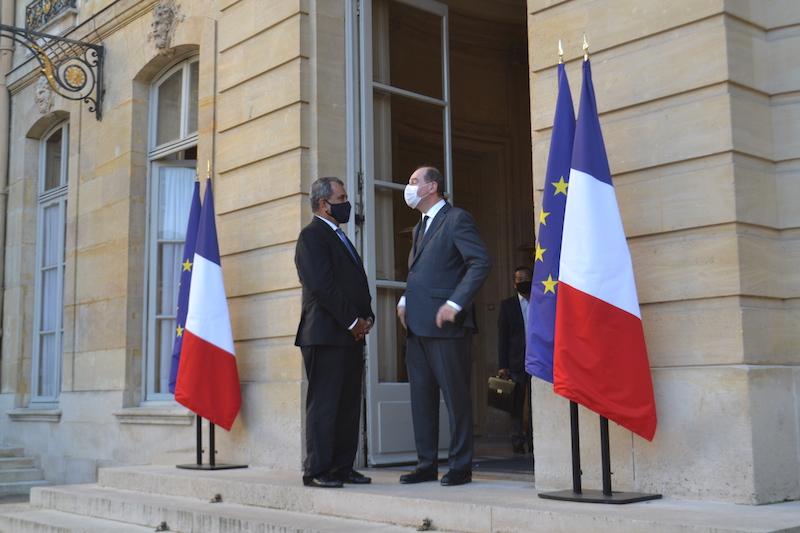 """À Paris, Fritch sollicite la """"solidarité nationale"""""""