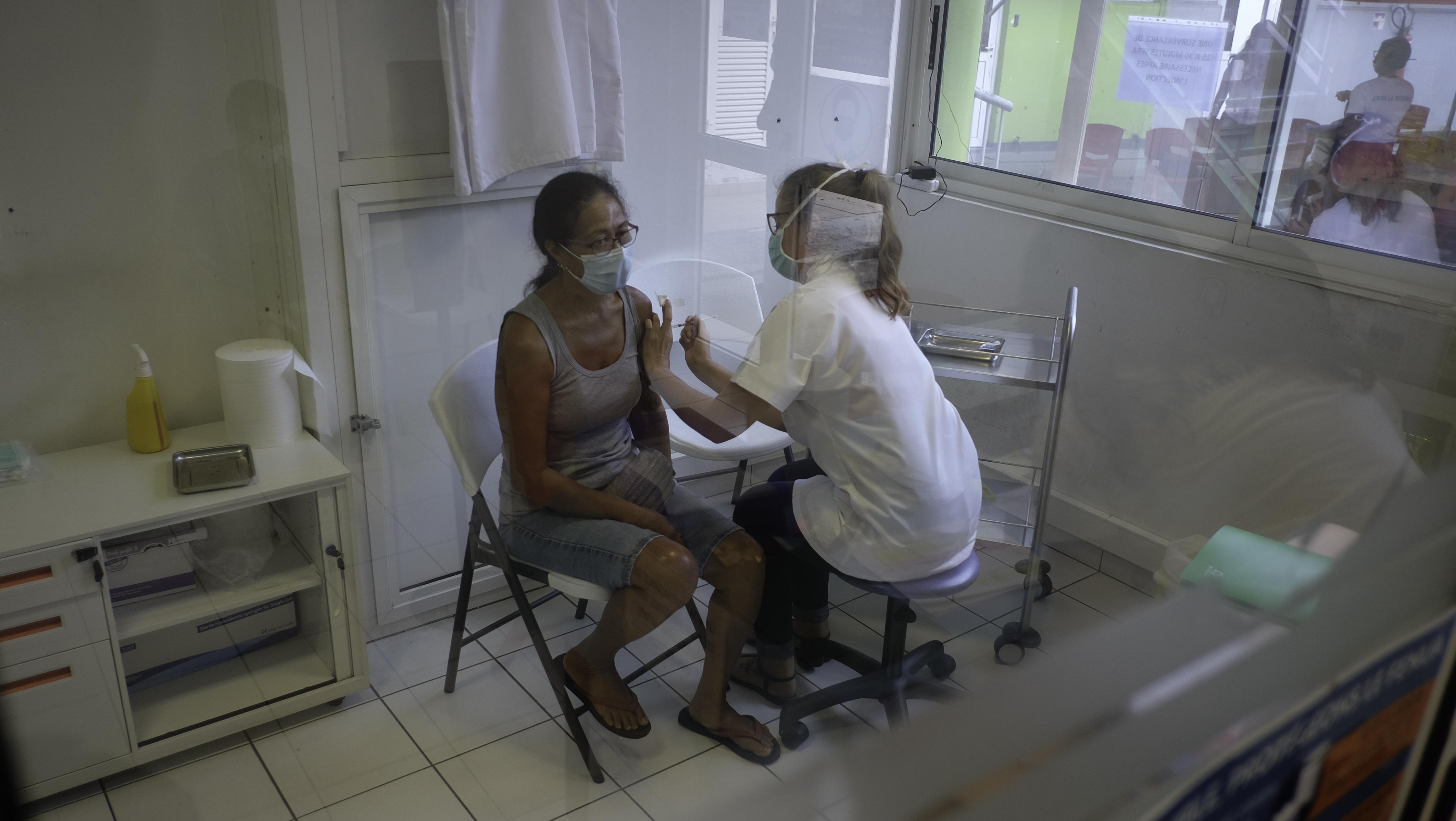 Plus de 10 000 personnes ont reçu le traitement complet du vaccin