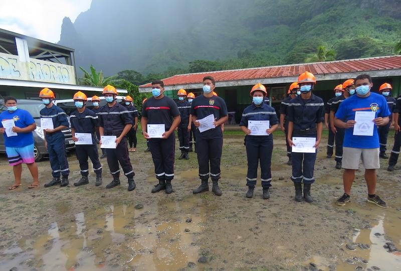 Vendredi les jeunes sapeurs-pompiers de Moorea se sont vu remettre leur diplôme.