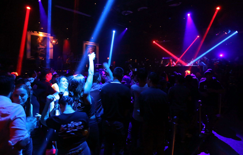 Pour les dancings, la CPME demande un couvre-feu à 1 heures du matin
