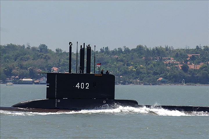 Contact perdu avec un sous-marin indonésien, une nappe d'hydrocarbures repérée