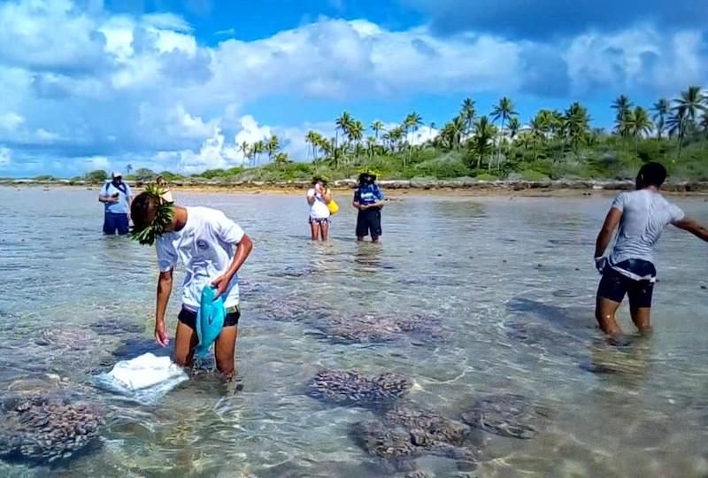 Les élèves en gestion et exploitation en milieu marin du Cetad de Hao ont mis en application leurs connaissances en organisant une journée d'excursion touristique.