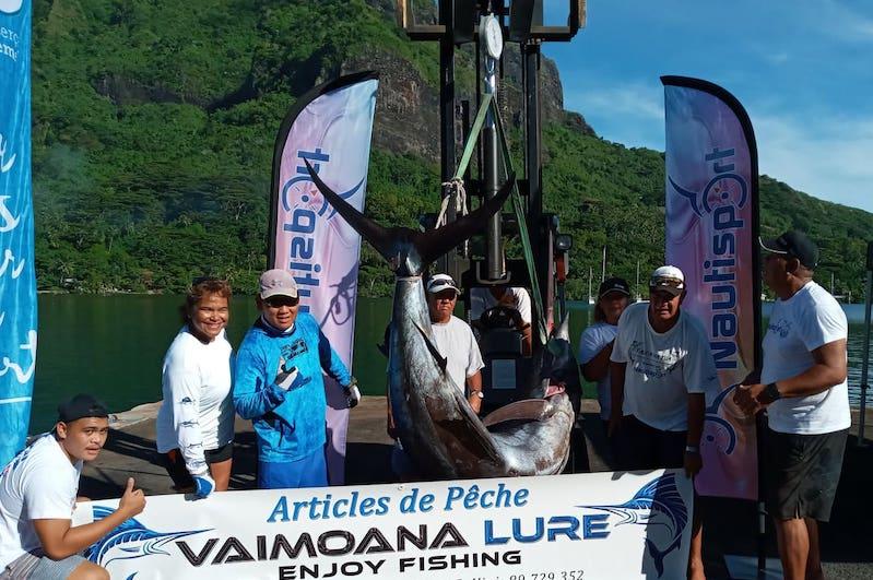 Concours de pêche à Moorea : un ha'urā de 245 kilos pour Dominique Wong