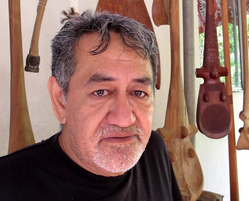 Le savoir-faire ancestral transmis aux futurs sculpteurs de Nuku Hiva