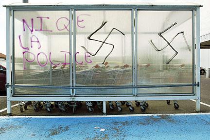 Six membres d'un groupuscule néonazi interpellés pour un projet d'attentat contre une loge maçonnique