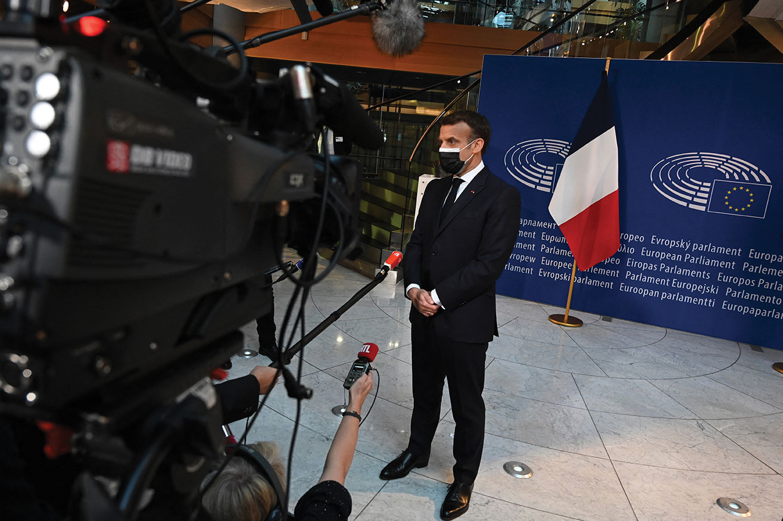 A Strasbourg, Macron plaide pour une Europe plus agile