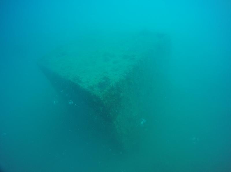 La présence de pontons modulaires de type T6 et T7 est avérée dans le lagon de Faanui à Bora Bora (Crédit photo : Annick Henry et Morgan Legay).