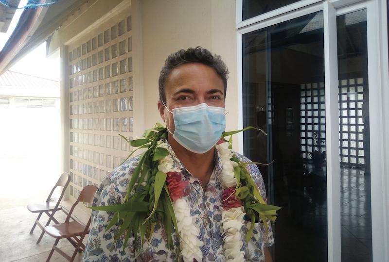 Terii Seaman, tāvana hau des Tuamotu-Gambier était en tournée administrative à Hao en début de semaine. denr