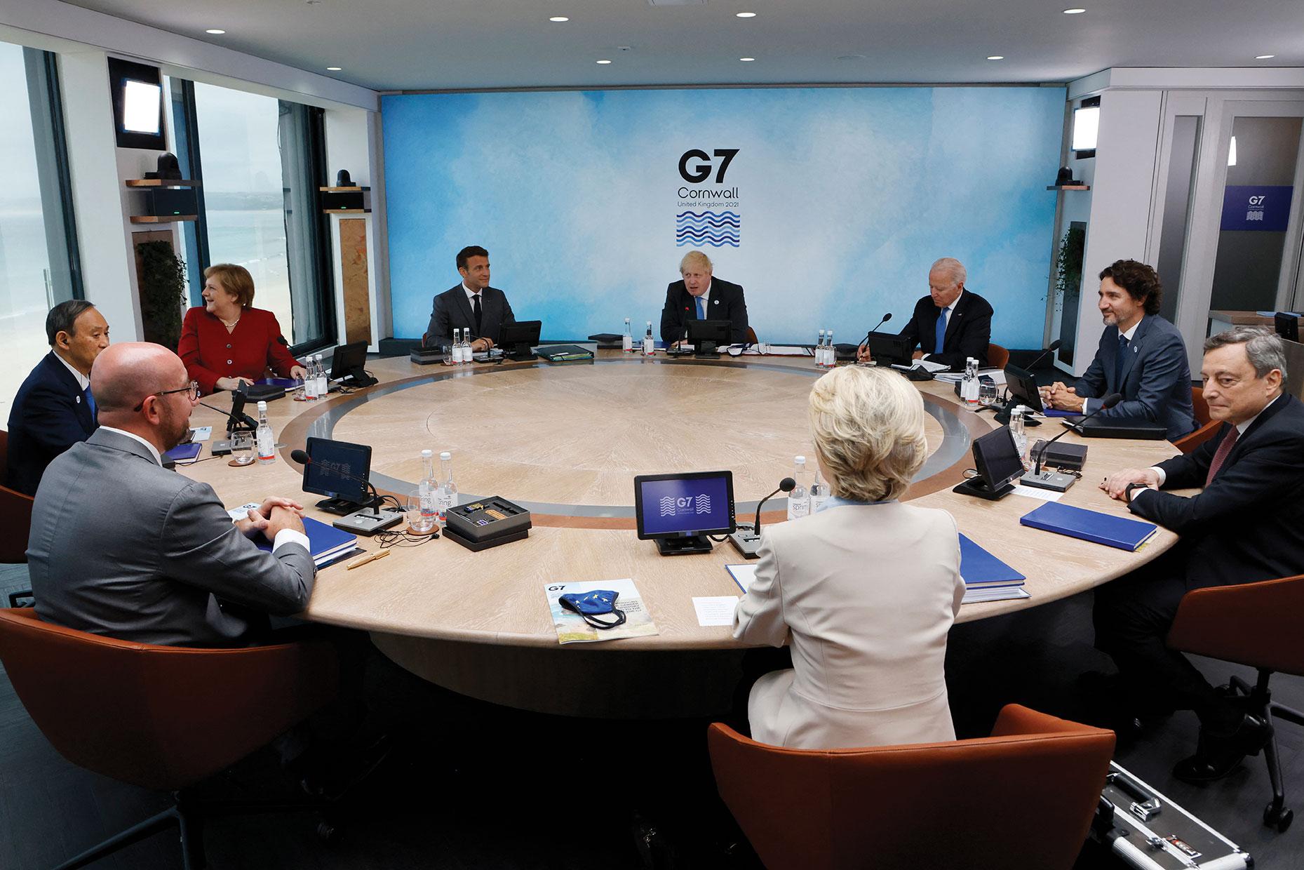 G7: les dirigeants se retrouvent en personne pour parler vaccins et climat, une première depuis la pandémie