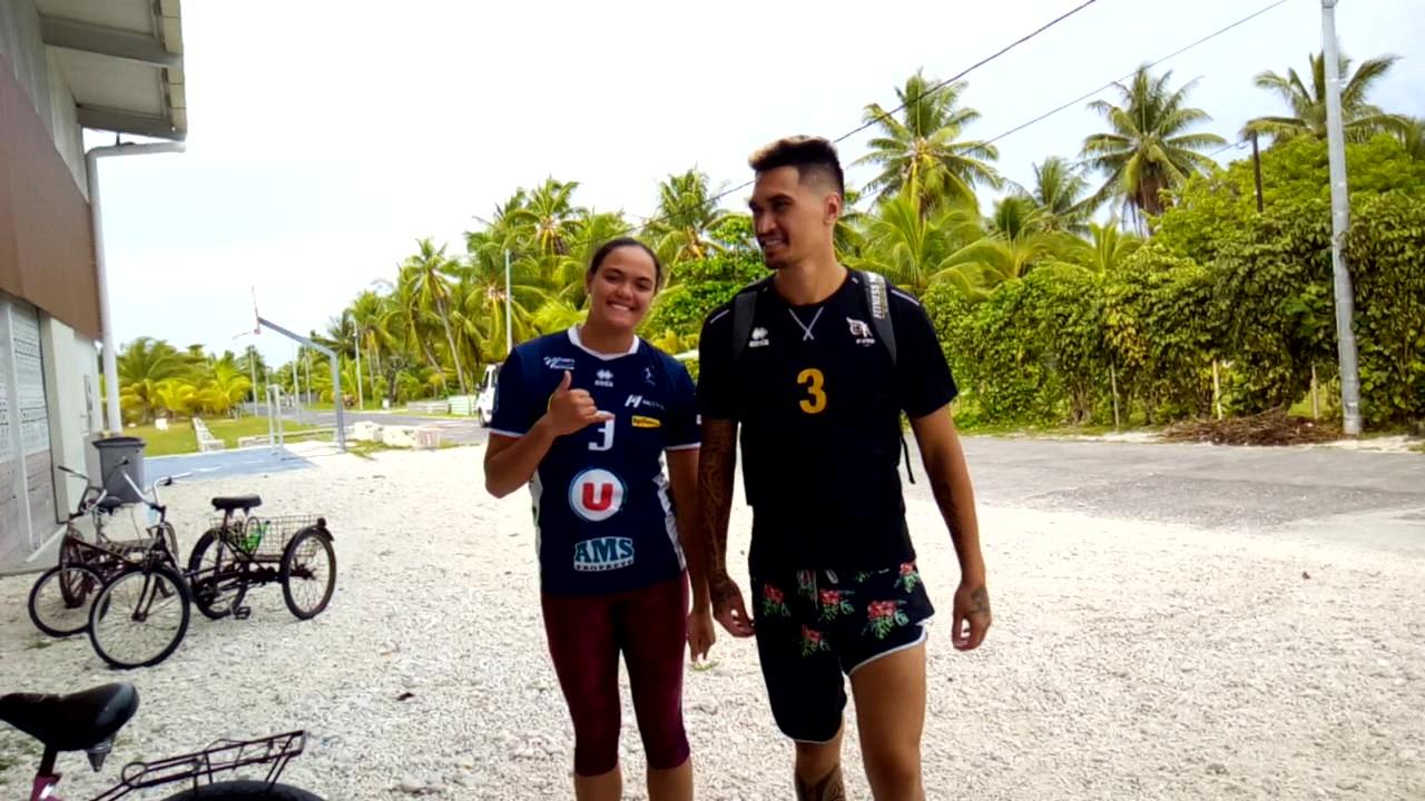 Tehei Labaste et Nohoarii Paofai, deux poids lourds du volley-ball tahitien. L'une est joueuse au club de Sens, dans l'Yonne. L'autre a été sacré champion de France de Ligue B avec Plessis-Robinson.