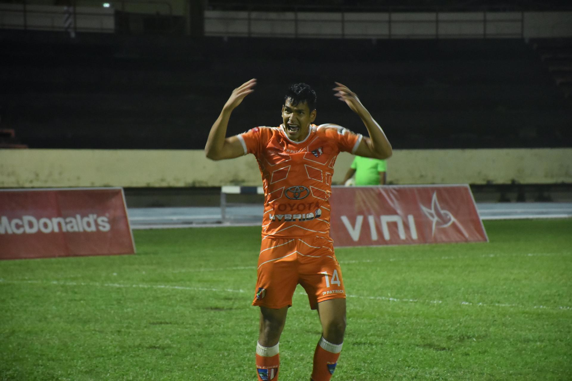 Roonui Tinirauarii, entré en cours de jeu, a marqué le but du titre pour Pirae.