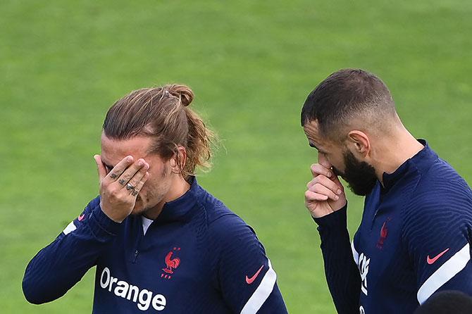 Euro: Benzema et Griezmann devraient être aptes contre l'Allemagne, selon Deschamps
