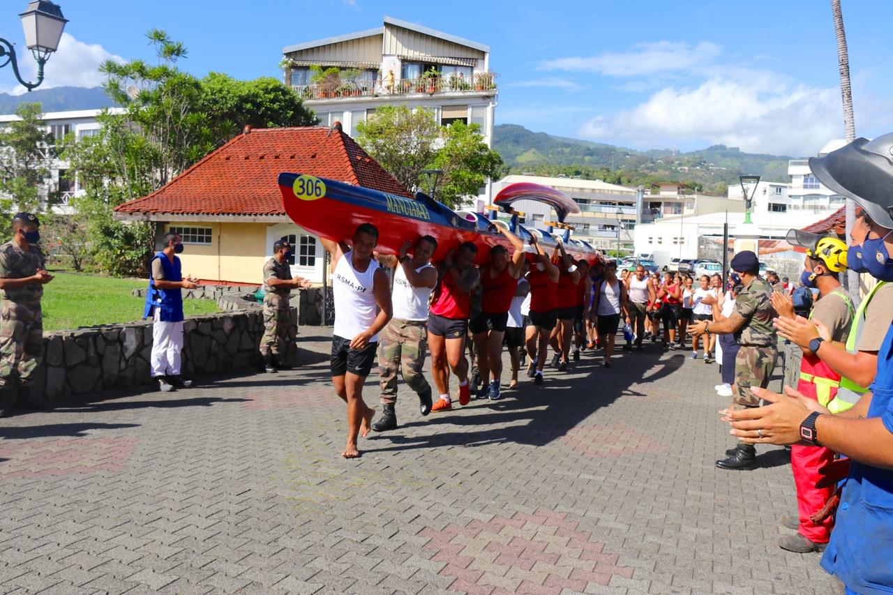 Clôture du tour de Tahiti en soutien aux blessés de l'armée de terre