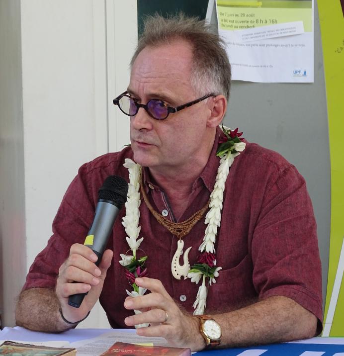 """Andréas Pfersmann a présenté son livre """"La Littérature irradiée"""" mardi matin à l'UPF."""