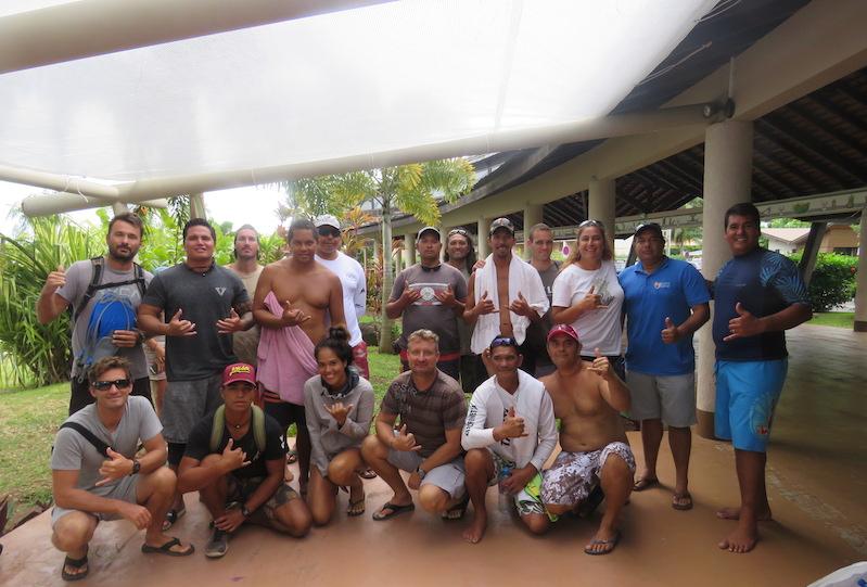 Des prestataires d'activités nautiques de Moorea ont suivi une formation au Certificat professionnel polynésien d'accompagnateur d'activités physiques de pleine nature.