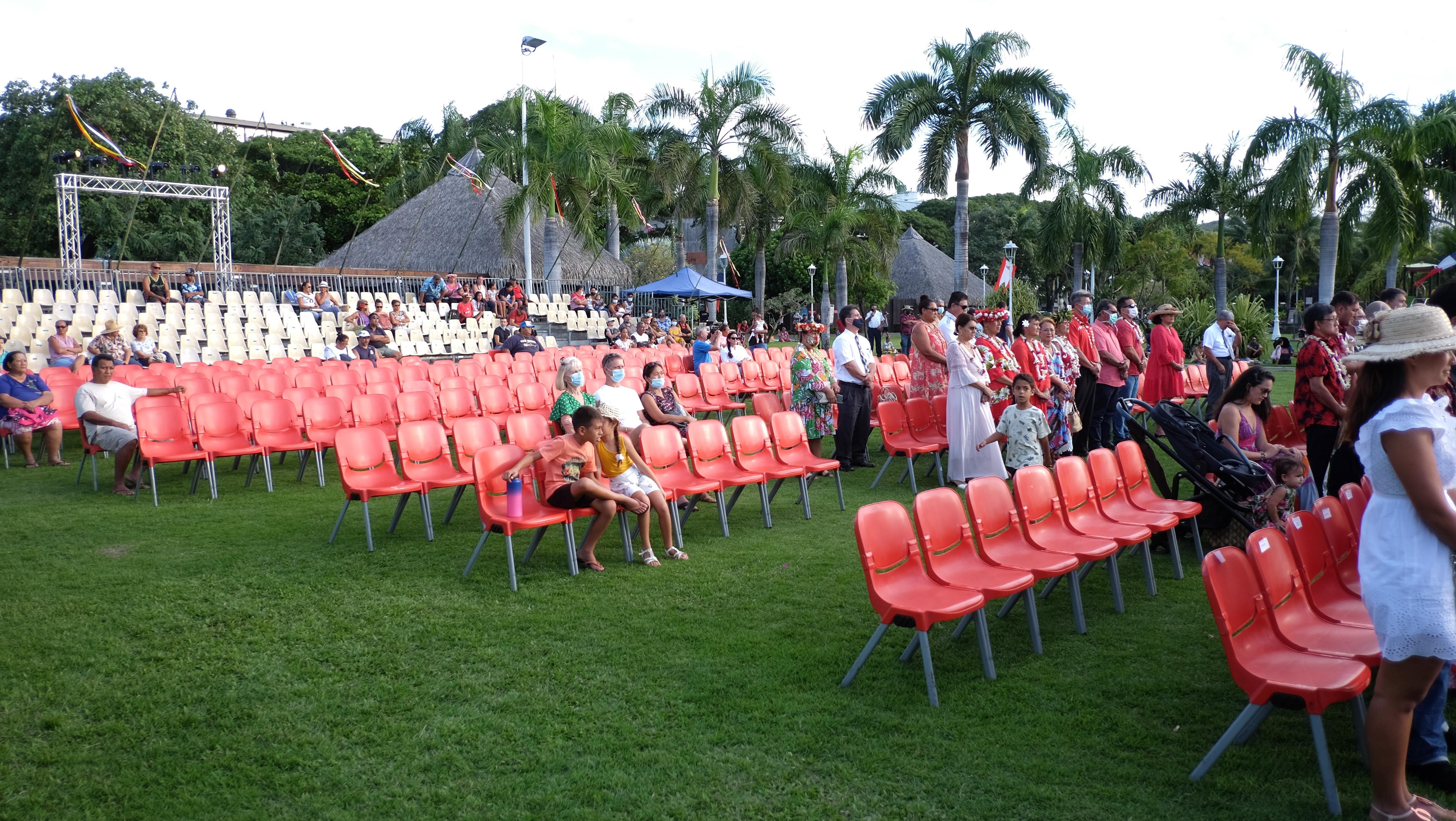 Une célébration peu suivie par le public, mardi dans les jardins de Paofai.