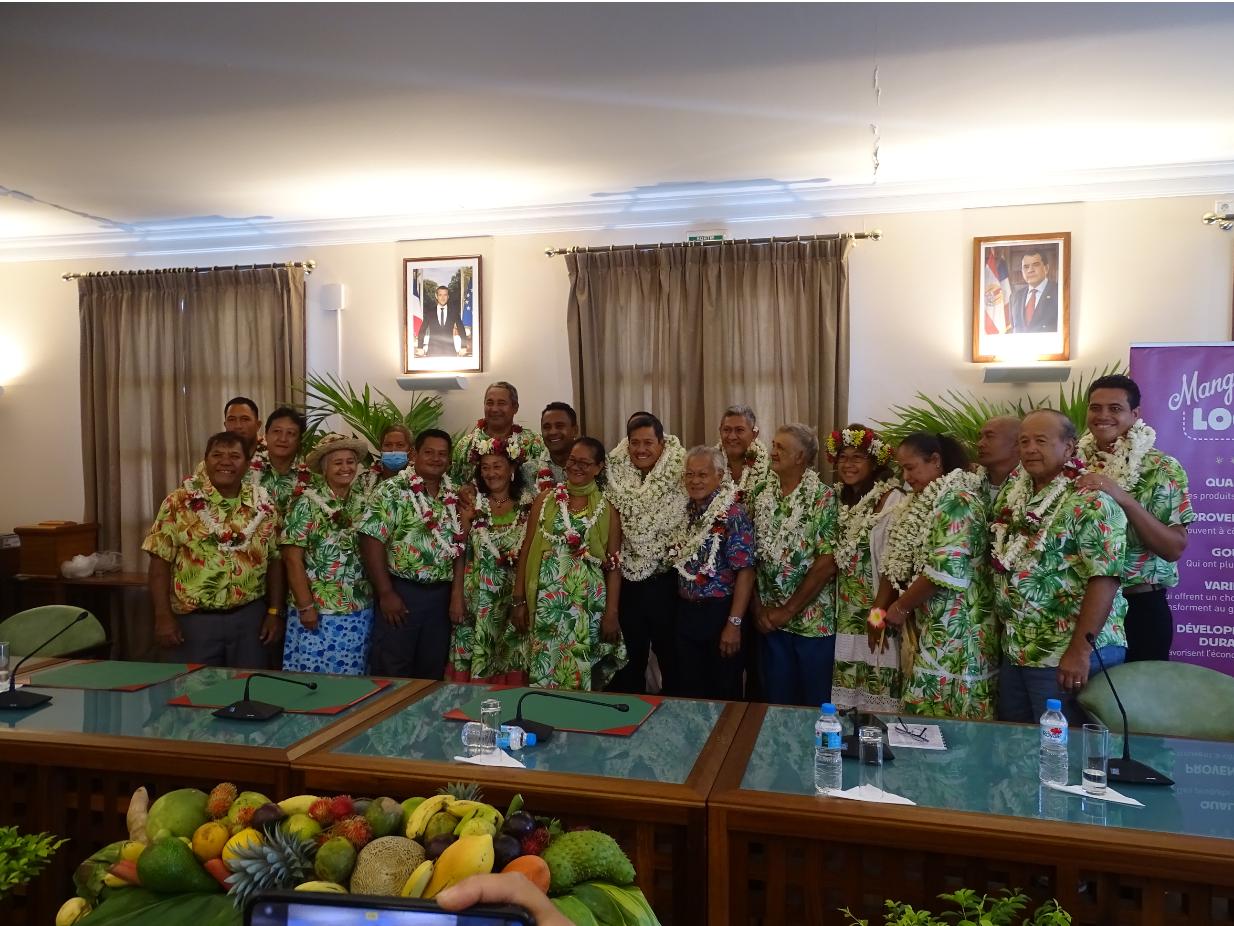 18 des 19 représentants élus étaient présents pour effectuer l'assemblée constitutive.