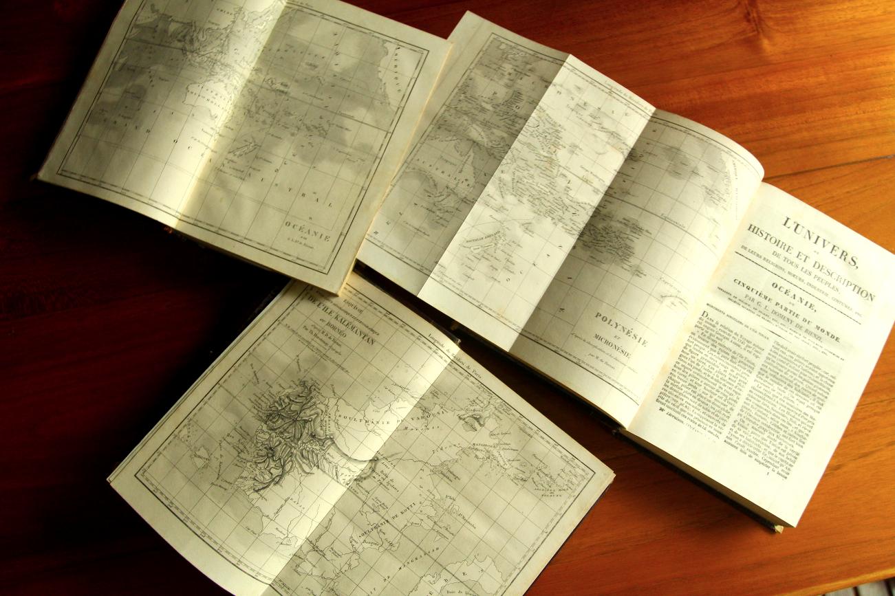 """De Rienzi a pris soin d'enrichir les trois tomes """"océaniens"""" de cartes fort détaillées pour l'époque."""
