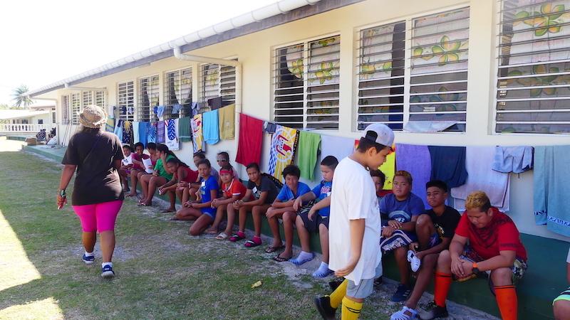 Une centaine de jeunes en colonie à Rangiroa