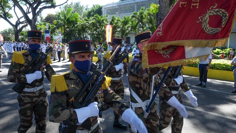: Si les troupes ont été passées en revue, l'épidémie de Covid-19 a eu raison du traditionnel défilé militaire.