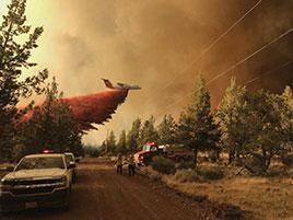 Incendies: l'ouest canadien déclare l'état d'urgence, des milliers d'habitants sommés d'évacuer