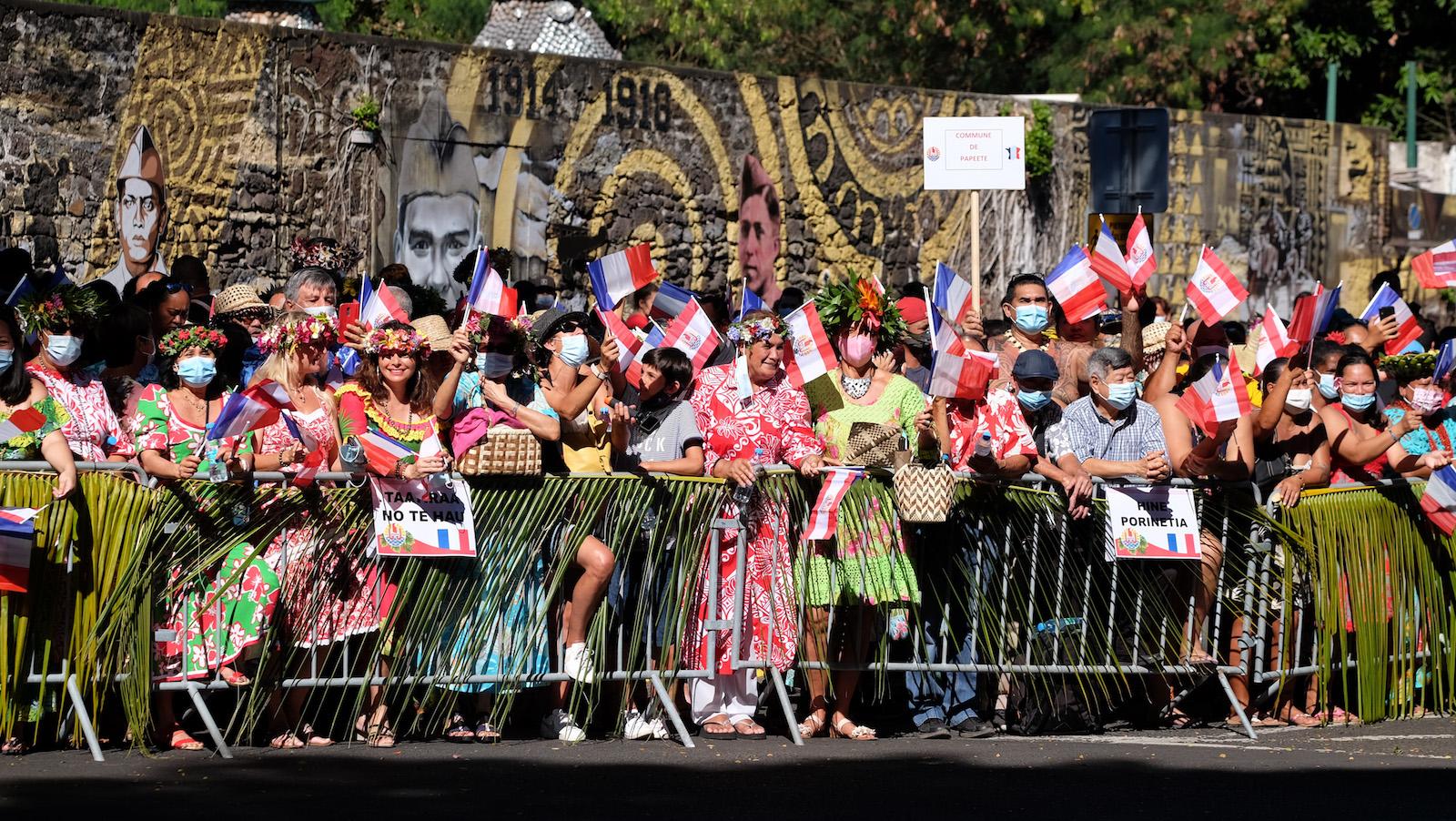 """Emmanuel Macron : """"Jamais je n'ai eu un accueil aussi émouvant"""""""